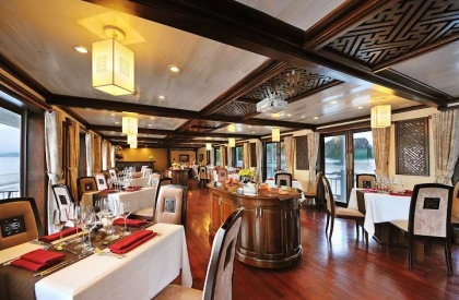 Paradise Luxury - Dining Room
