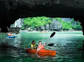 //uploaded/Multi%20country%20tours/Tour%20start%20from%20VN/Halong%20bay1.jpg