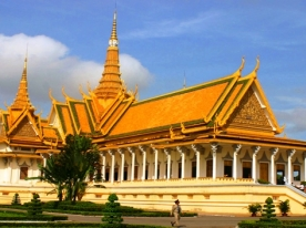 //uploaded/Cambodia%20tour/Royal%20palace%20-%20Phnompenh.jpg